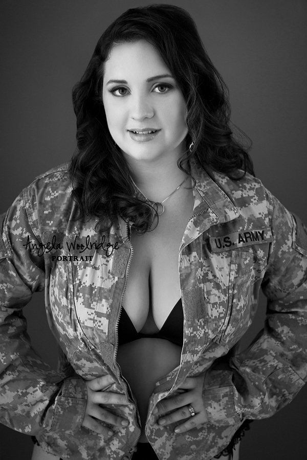 www.angelawoolridge.com, Boudoir Photos, Columbus Boudoir Photographer, Boudoir Photography Columbus Ohio, Pickerington Boudoir Photography, Boudoir Photos, Sexy Pics, Sexy Photos, Ohio Boudoir, Modern Boudoir Photography, Tasteful Boudoir Images, Glamorous Boudoir, Sexy Boudoir, Classy Boudoir Photographer, Lingerie Photos, Luxury Boudoir, Artistic Boudoir Photos, Bridal Boudoir, Gift for the Groom, Ohio Bride, Columbus Bride, Anniversary Gift, Angela Woolridge Portrait