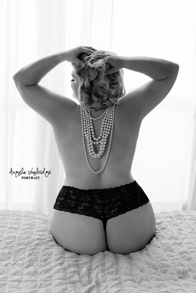 Romantic boudoir photography session