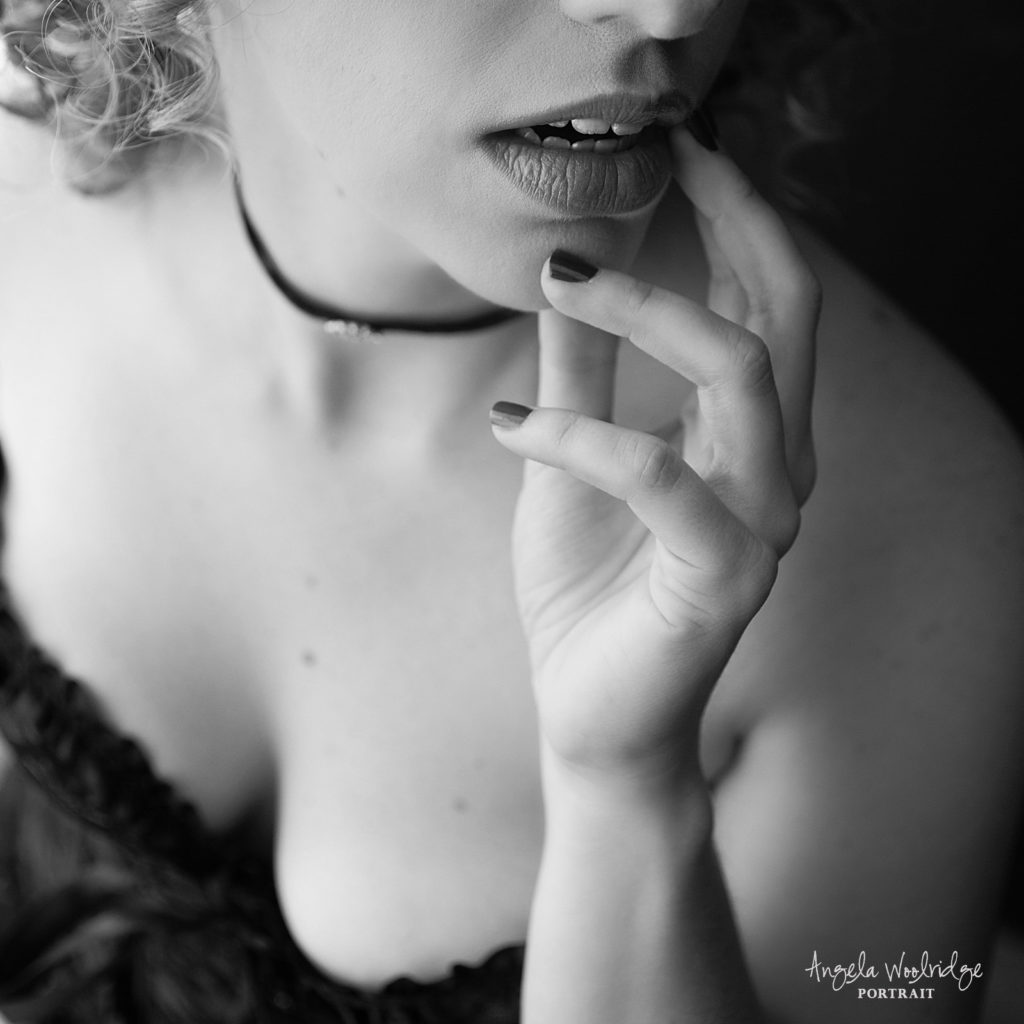 Columbus boudoir photographer, sensual photo of woman's lips