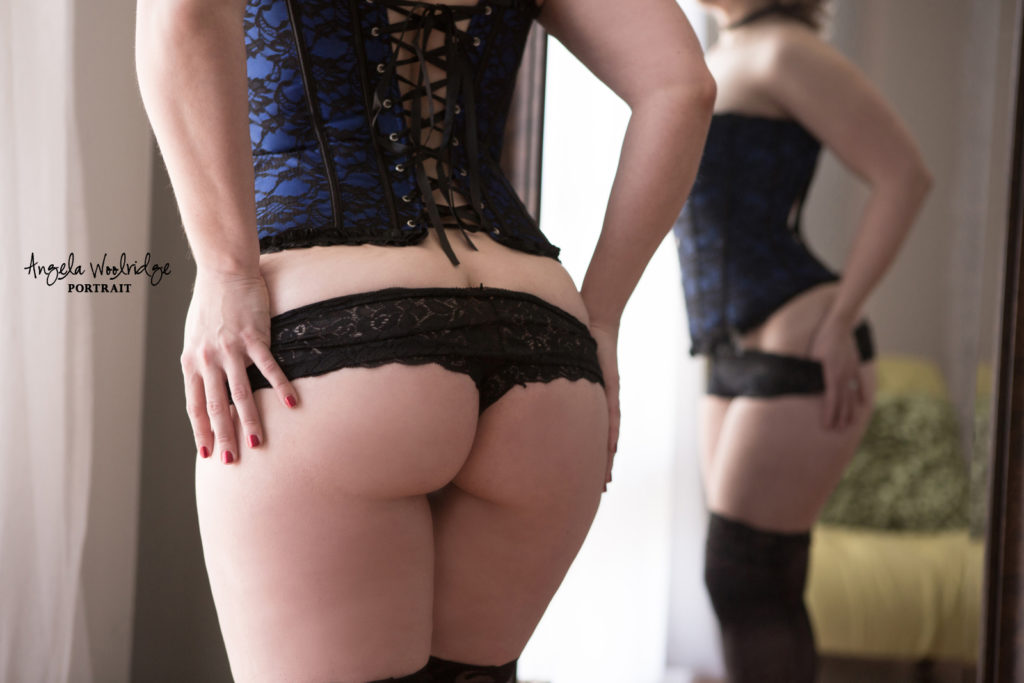 Columbus boudoir photography, sexy booty photo