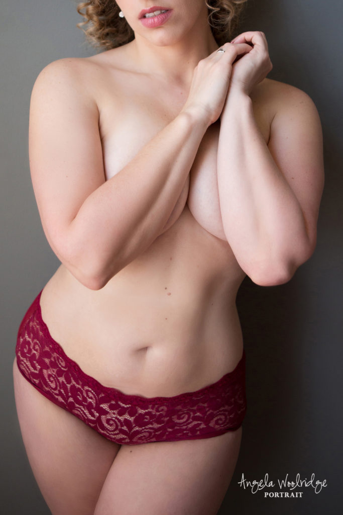 Braless photo of woman at Columbus boudoir photographer