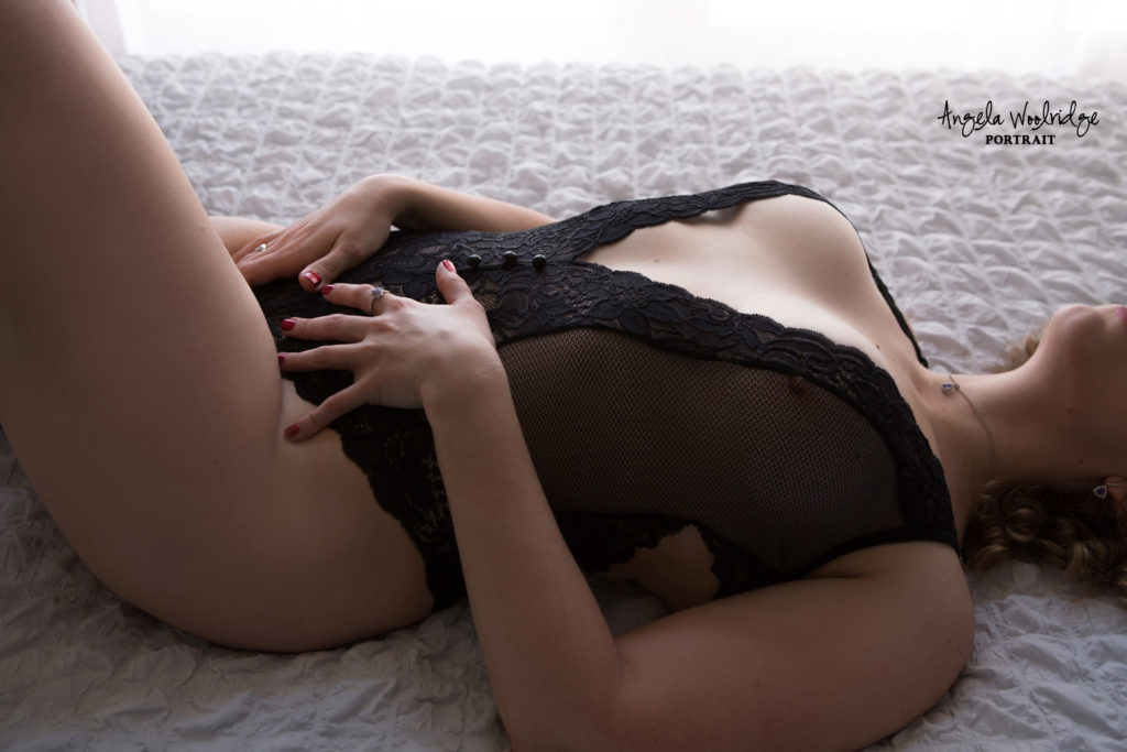 Sexy picture at Columbus boudoir photographer