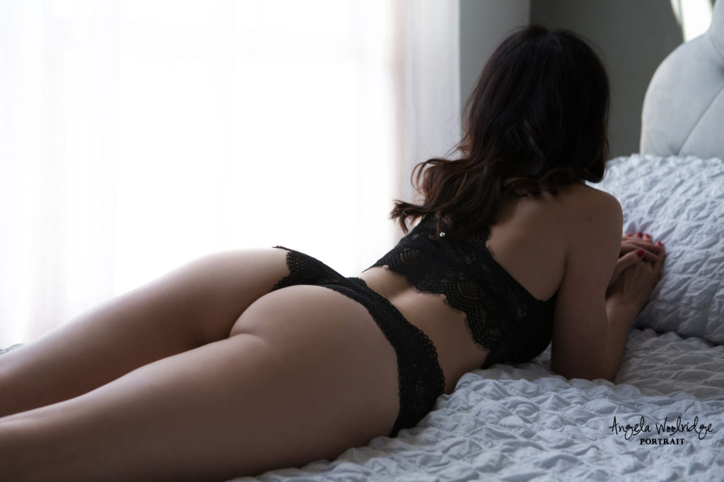 Sexy boudoir photo in Columbus Ohio